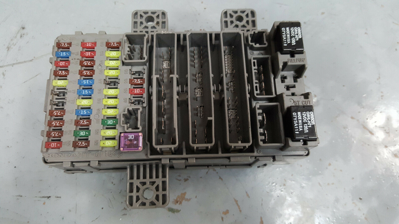 Honda Civic Mk8 06-11 Interior Fuse Box 37842Rn 1 of 3Only 1 available ...