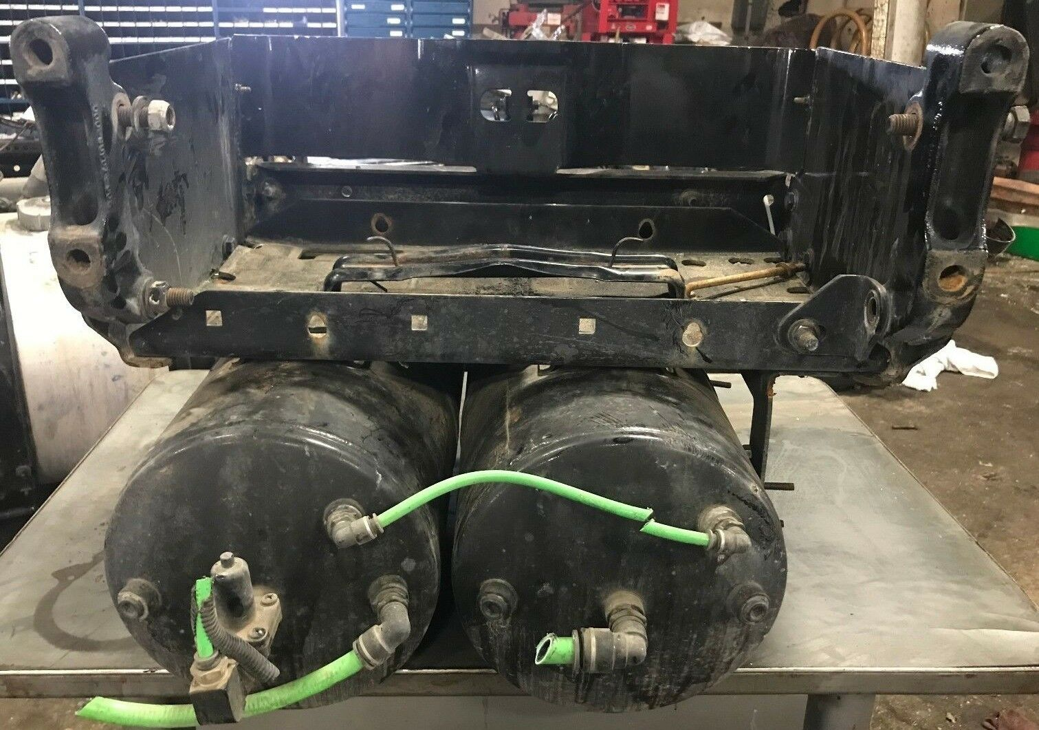 2013 Freightliner Cascadia Battery Box With 2 Air Tanks 40000 Fuse 1 Of 5only Available