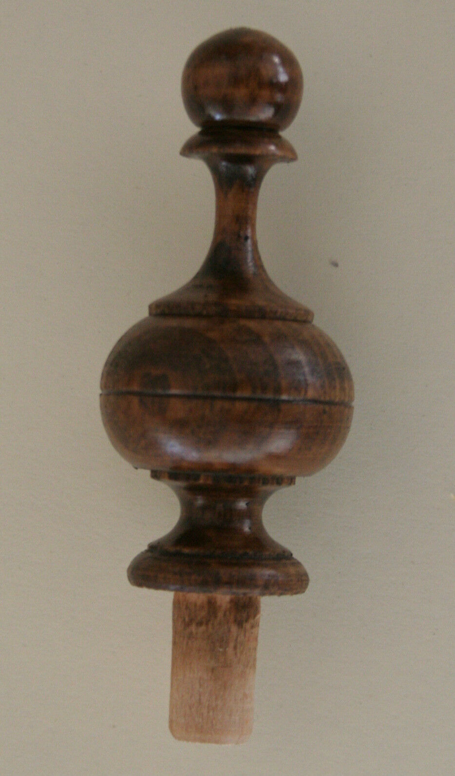 Two wooden finials for clocks and mirrors parts
