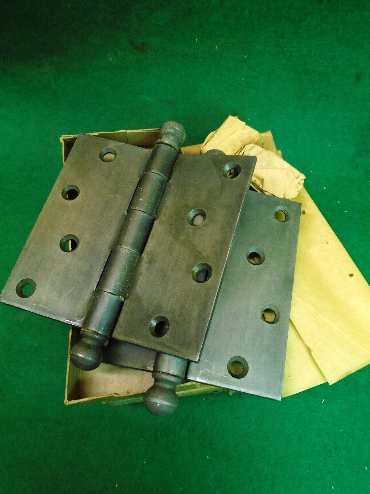 NEW OLD STOCK 4 X 4 CANNON BALL HINGES IRON FINISH w/BOX & SCREWS!!!   (4384-K)