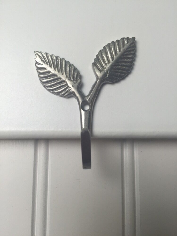 Satin Nickel Decorative Rustic Leaf Sprout Hooks
