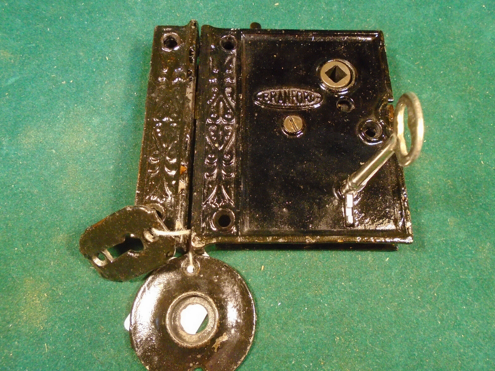 VINTAGE FANCY B.L.W. BRANFORD LOCK  RIM LOCK w/KEY & KEEPER - VERY NICE (4804-B)