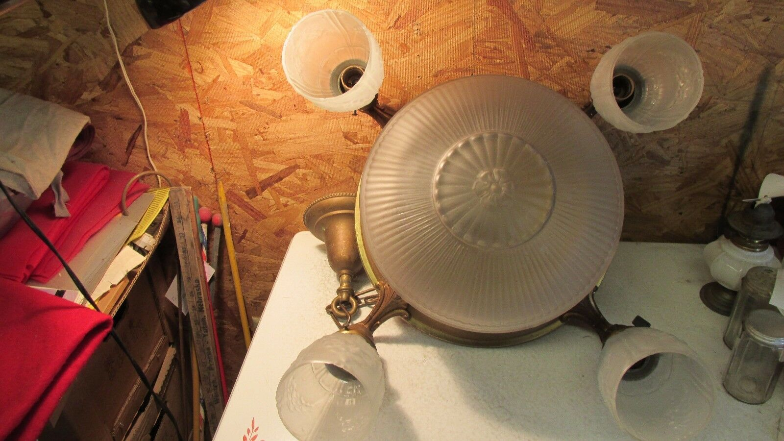 Antique Ceiling Light Fixture Center Globe & 4 Shades