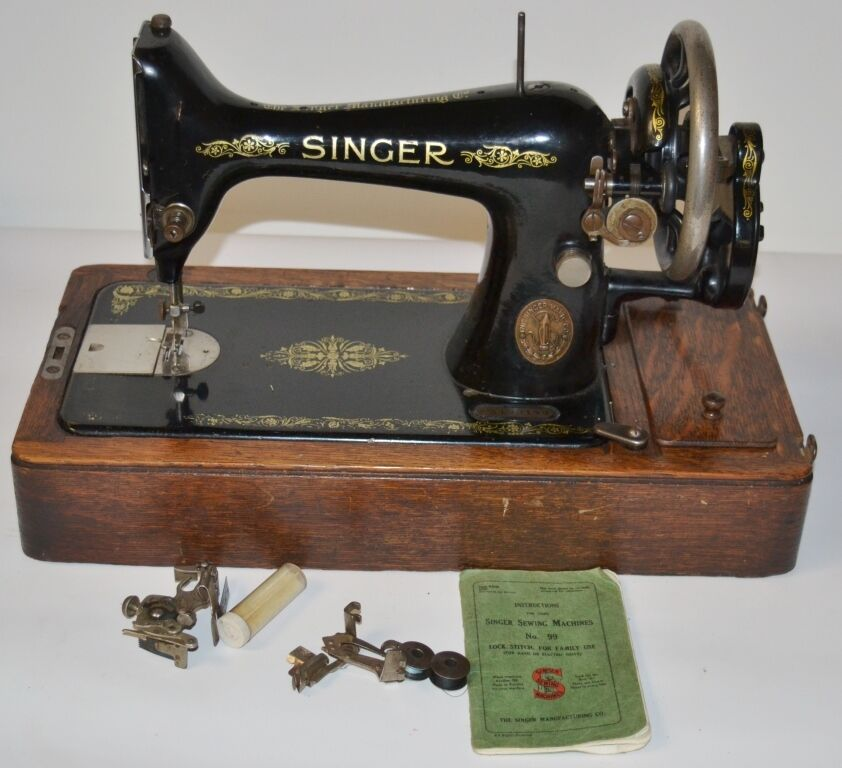 1910's Singer 99 Hand Crank Sewing Machine - FREE Delivery [PL2050]