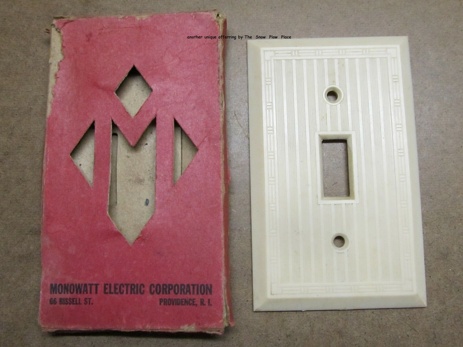 Pair Of Monowatt Vintage Antique Electrical Switch Plates In Package 50's 60's