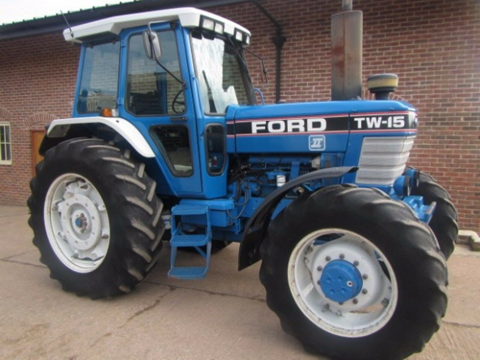 Ford Tw 35 Tractor Parts : Ford tw tractors workshop manual