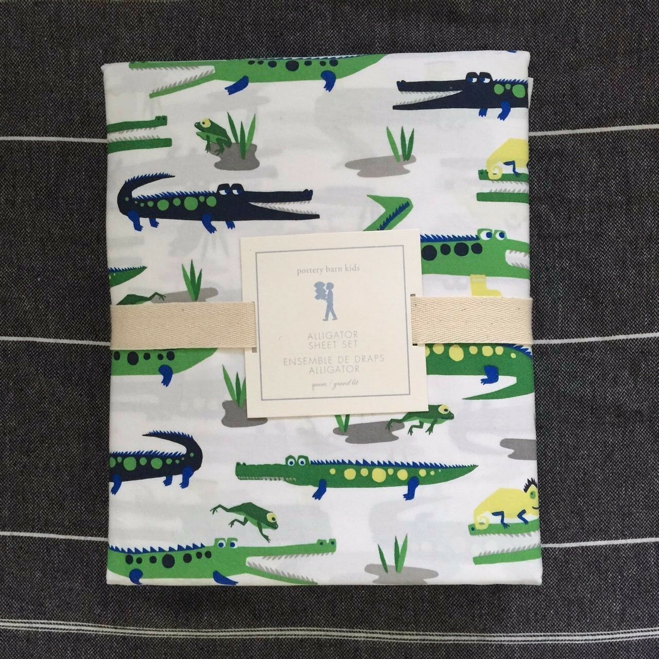 new pottery barn kids alligator full sheet set green navy. Black Bedroom Furniture Sets. Home Design Ideas