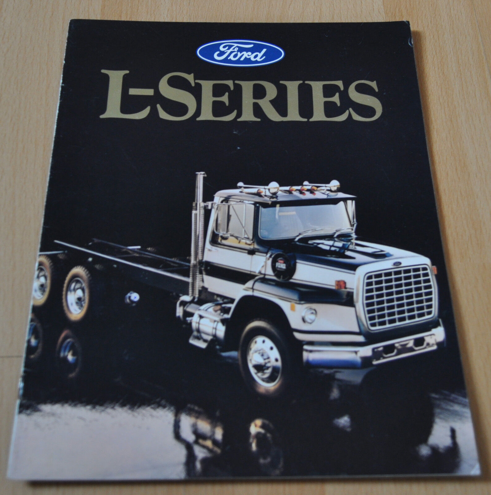 1986 Ford L-Series Truck Brochure Prospekt 1 of 7Only 1 available ...