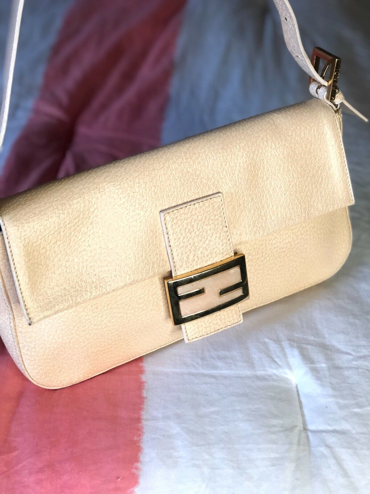 84abc17d4178 Fendi Leather Baguette Bag 1 of 6Only 1 available ...