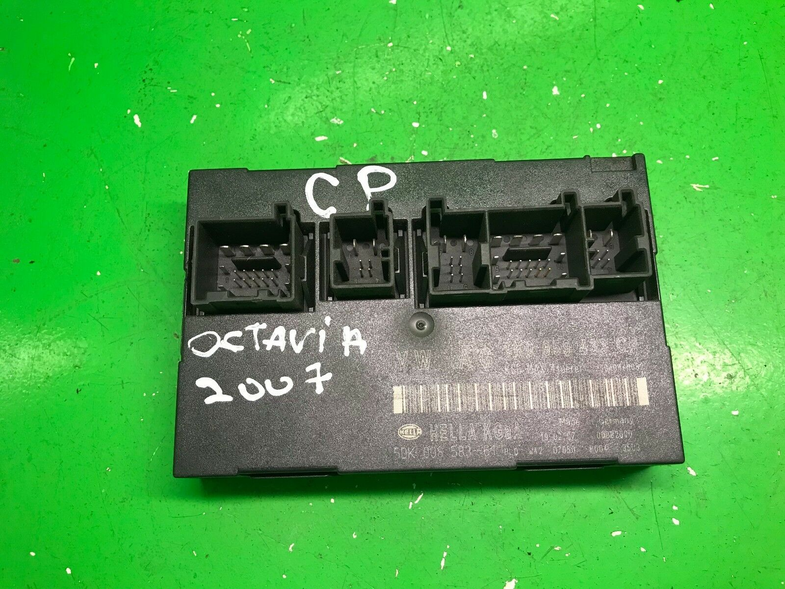 Skoda Octavia Comfort Control Module 1k0959433cp 5dk 008 583 61 Fuse Box Cigarette Lighter 1 Of 3only Available