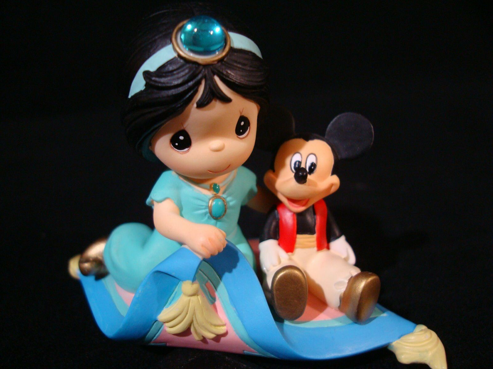 z precious moments-disney's aladdin-jasmine and mickey mouse/magic