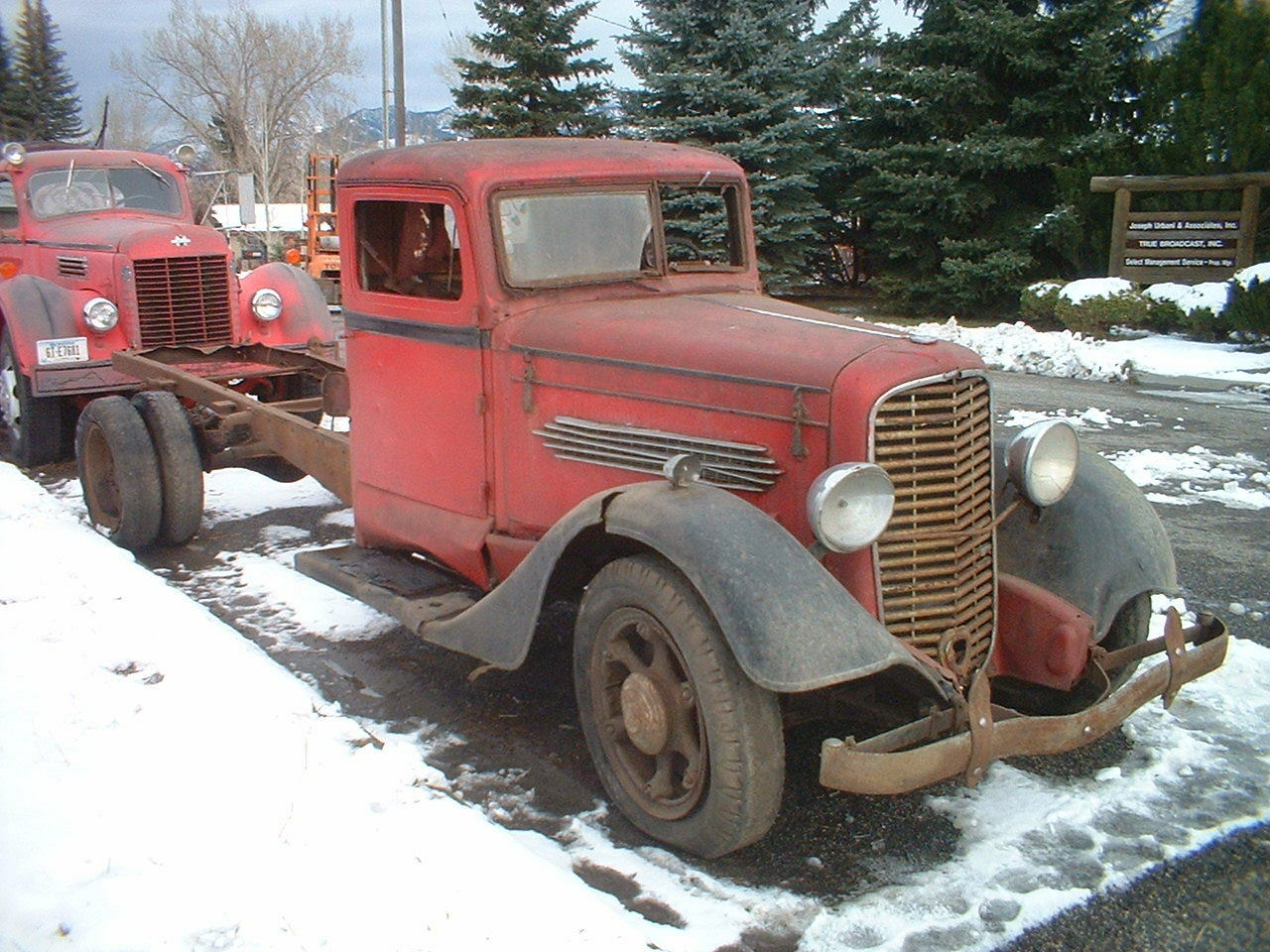 1935 Diamond T Deluxe Truck Pickup 1936 1937 1939 1940 1941 1946 1948 Ford Short Bed 1 Of 12only Available