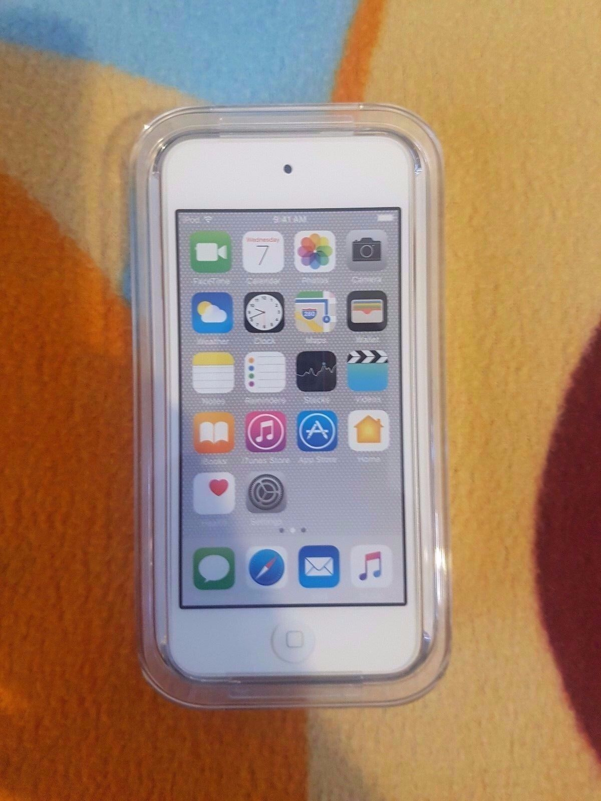 Apple Ipod Touch 6th Generation Silver 32 Gb Sealed Special 6 16gb Blue 1 Of 2free Shipping