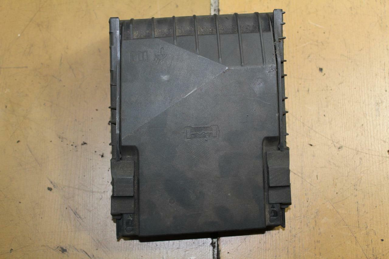 Vw Passat B6 20tdi Fuse Box Cover Lid Pn 1k0937132f 989 Tdi 1 Of 2only Available
