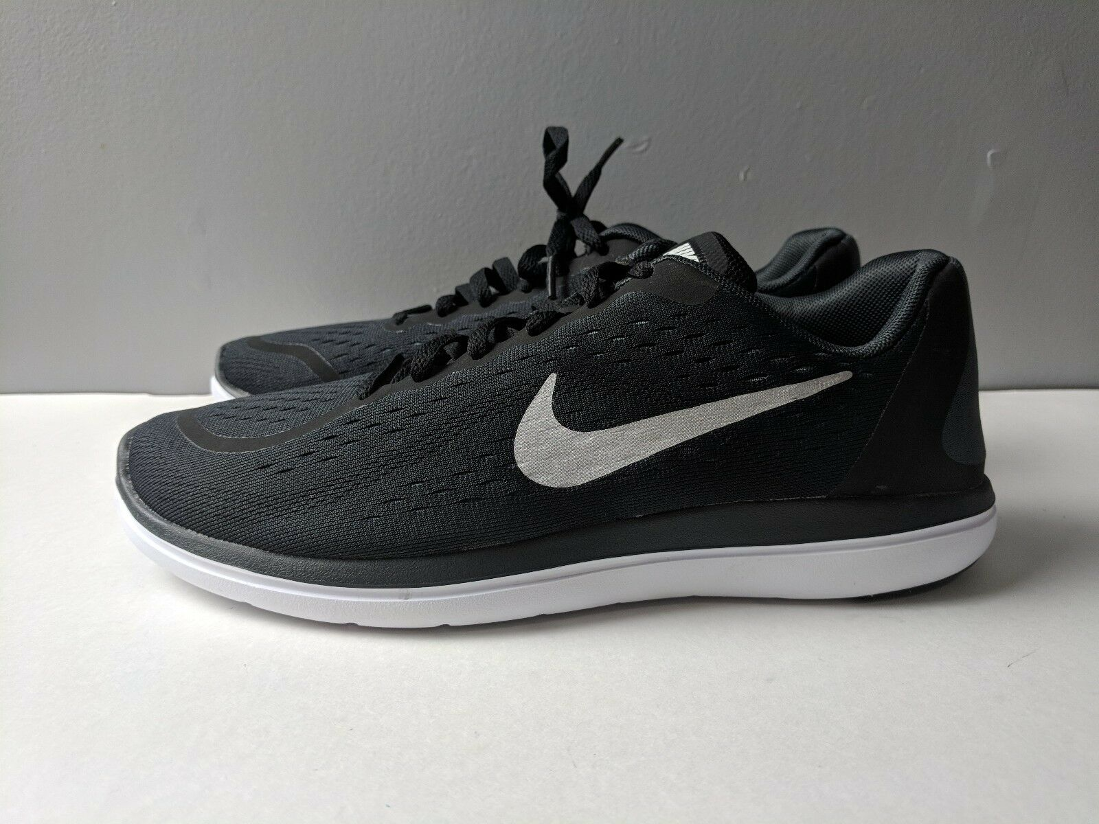 43aebc96a044 Brand New Nike Kids Boys Flex 2017 RN Running Shoes Black Silver Youth Size  7 1 of 7Only 1 available ...