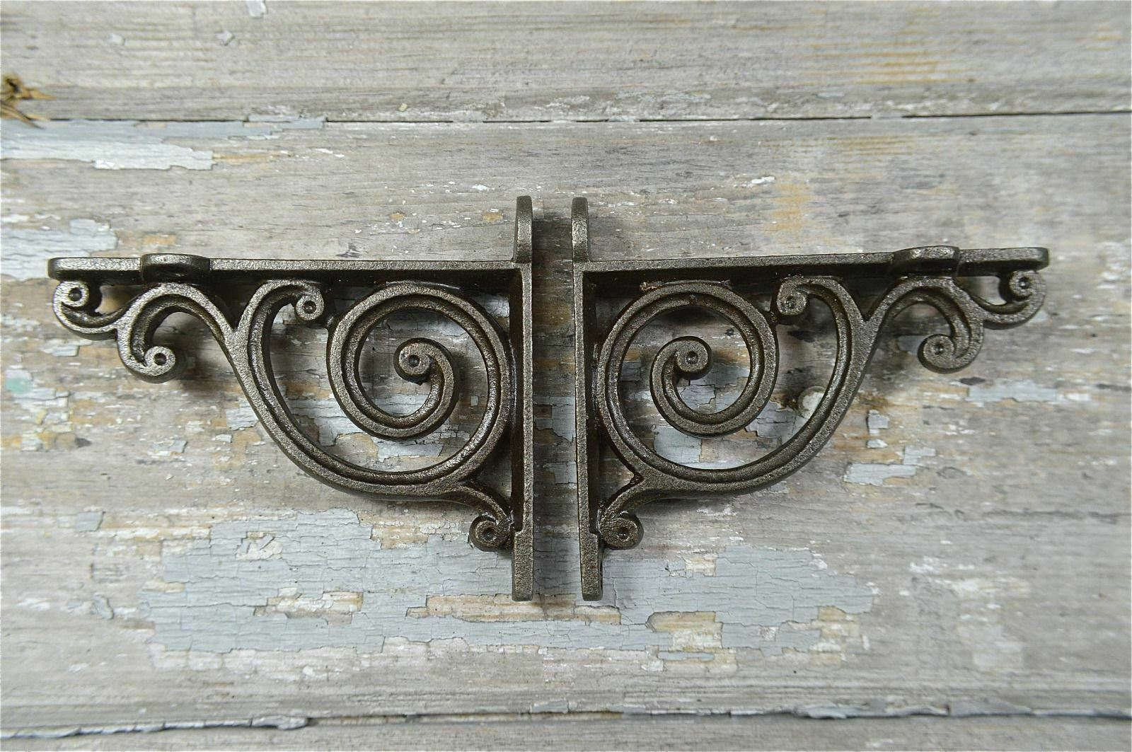 A Pair Of Small Victorian Style Scroll Brackets Cast Iron Shelf Bracket V1