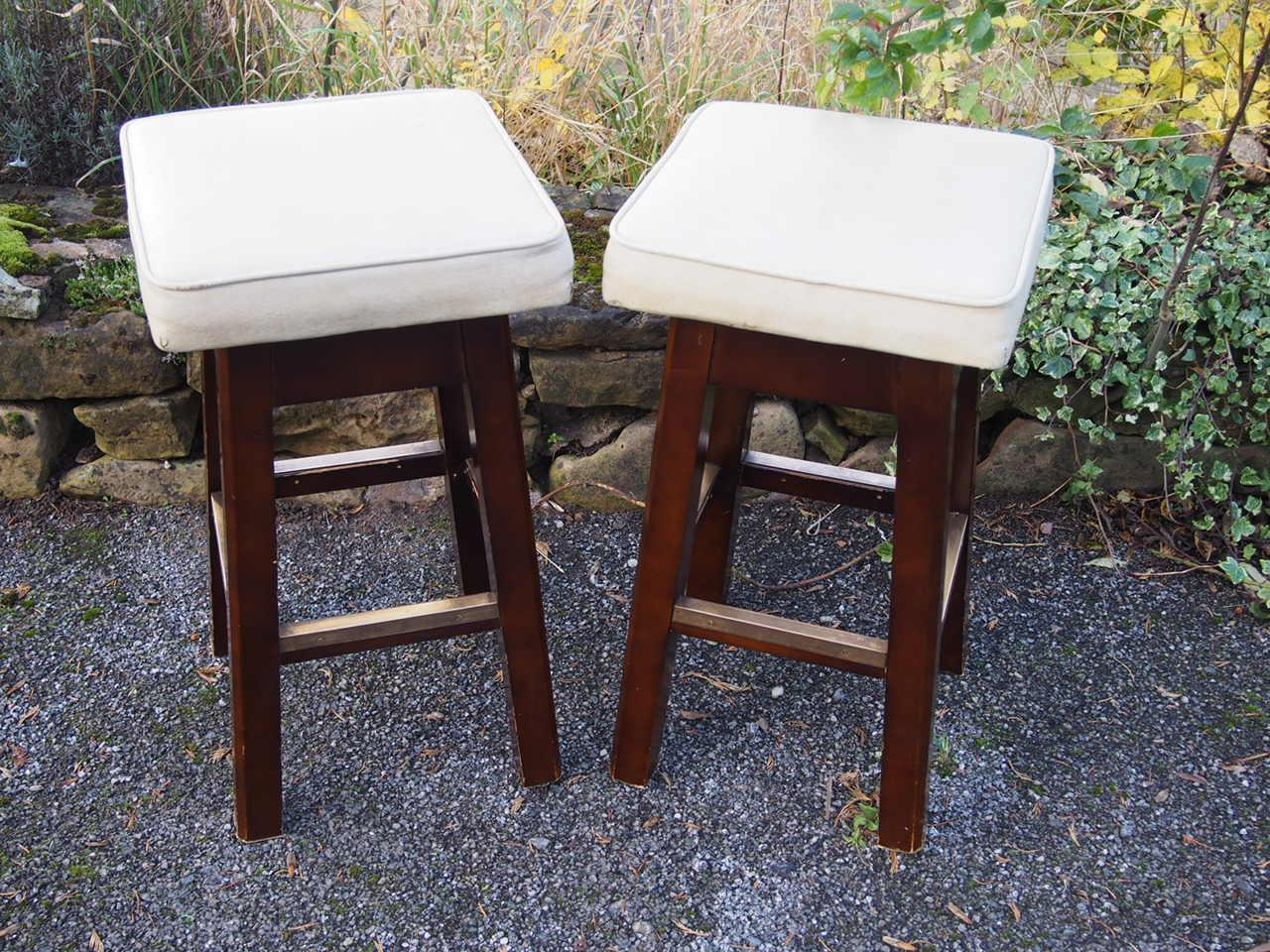 Retro Vintage Pair of Cream Leatherette Bar Stools Wooden Frame & Metal Feature