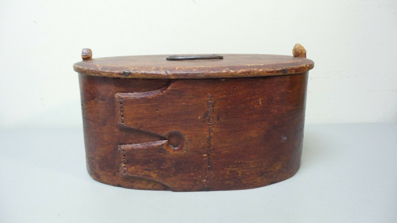 EARLY 19TH CENTURY HAND MADE WOODEN SWEDISH PAINTED BRIDE'S BOX dated 1824