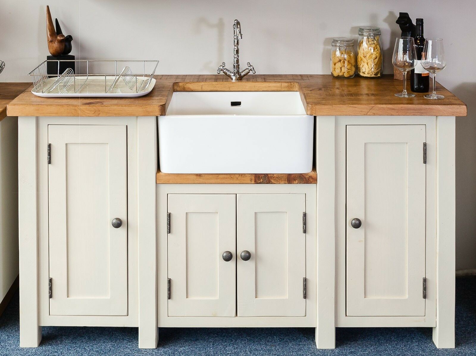 handmade kitchen belfast sink unit freestanding kitchen. Black Bedroom Furniture Sets. Home Design Ideas