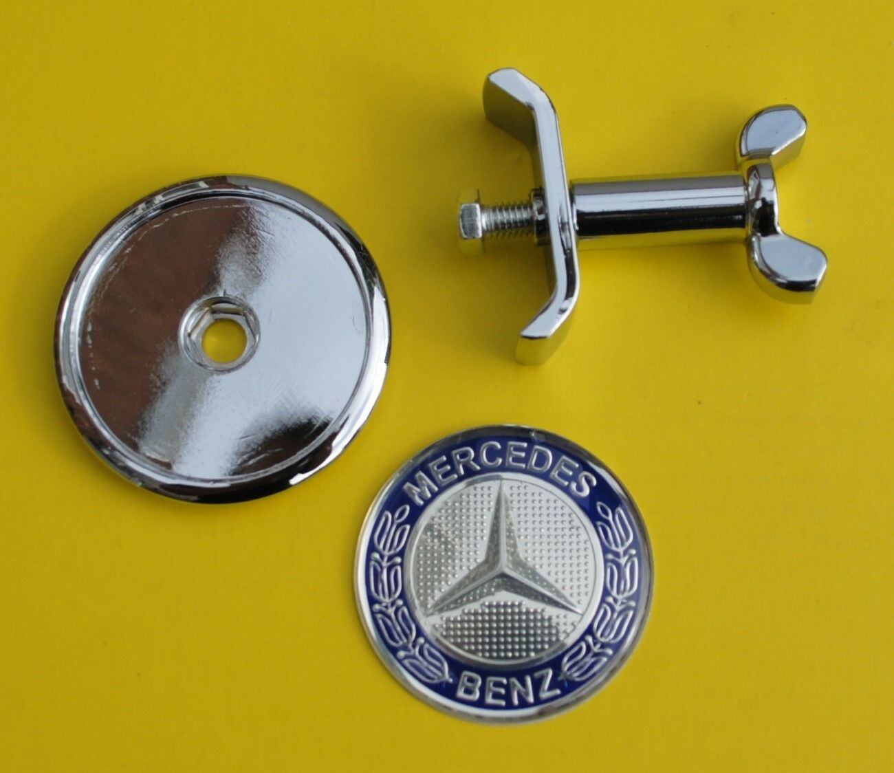 Mercedes benz front bonnet hood badge emblem c e s class for Mercedes benz bonnet badge