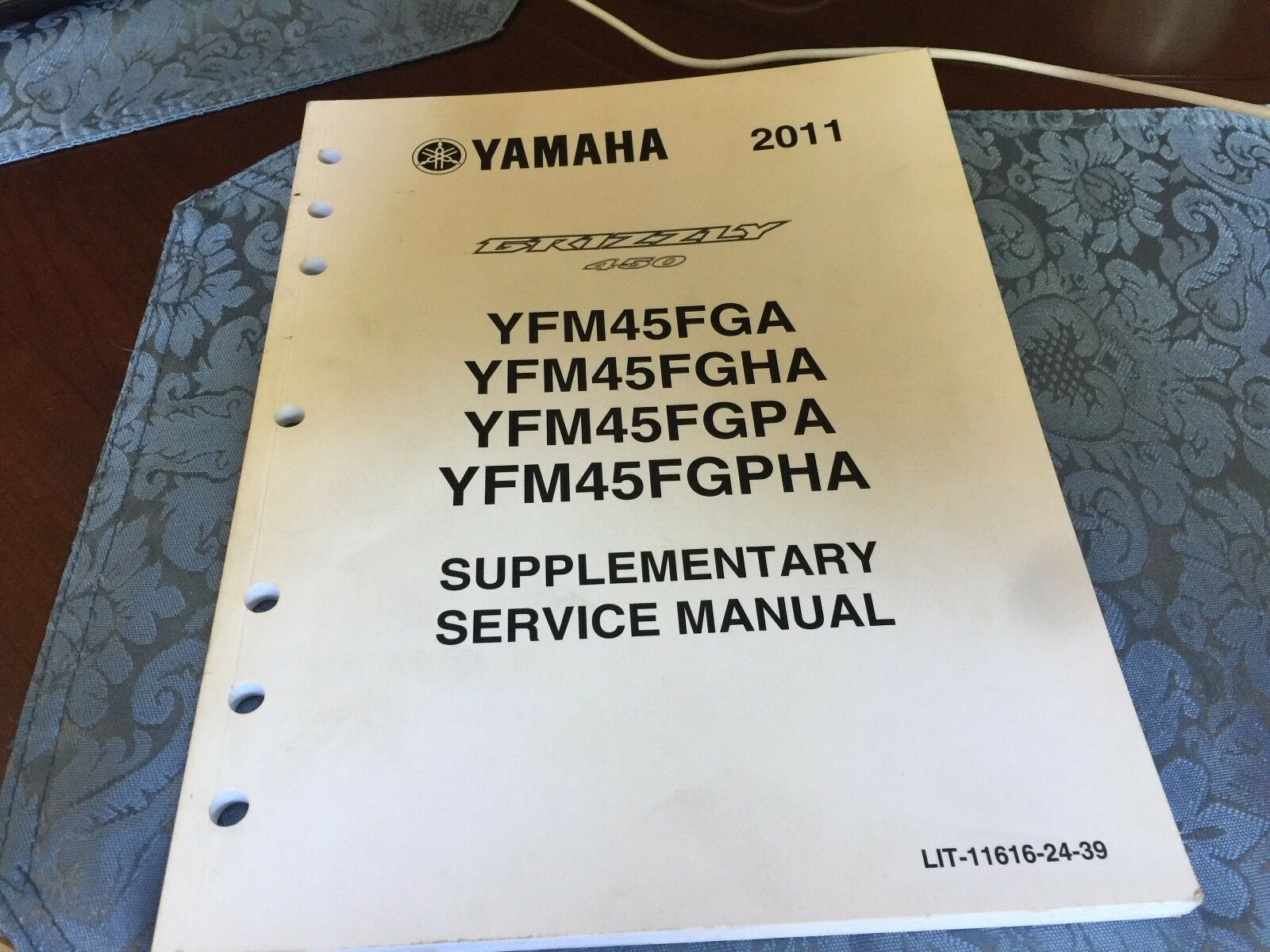 YAMAHA Supplementary Service Manual YFM45FGA Grizzly 450 2011  (LIT-11616-24-39 1 of 4Only 1 available ...
