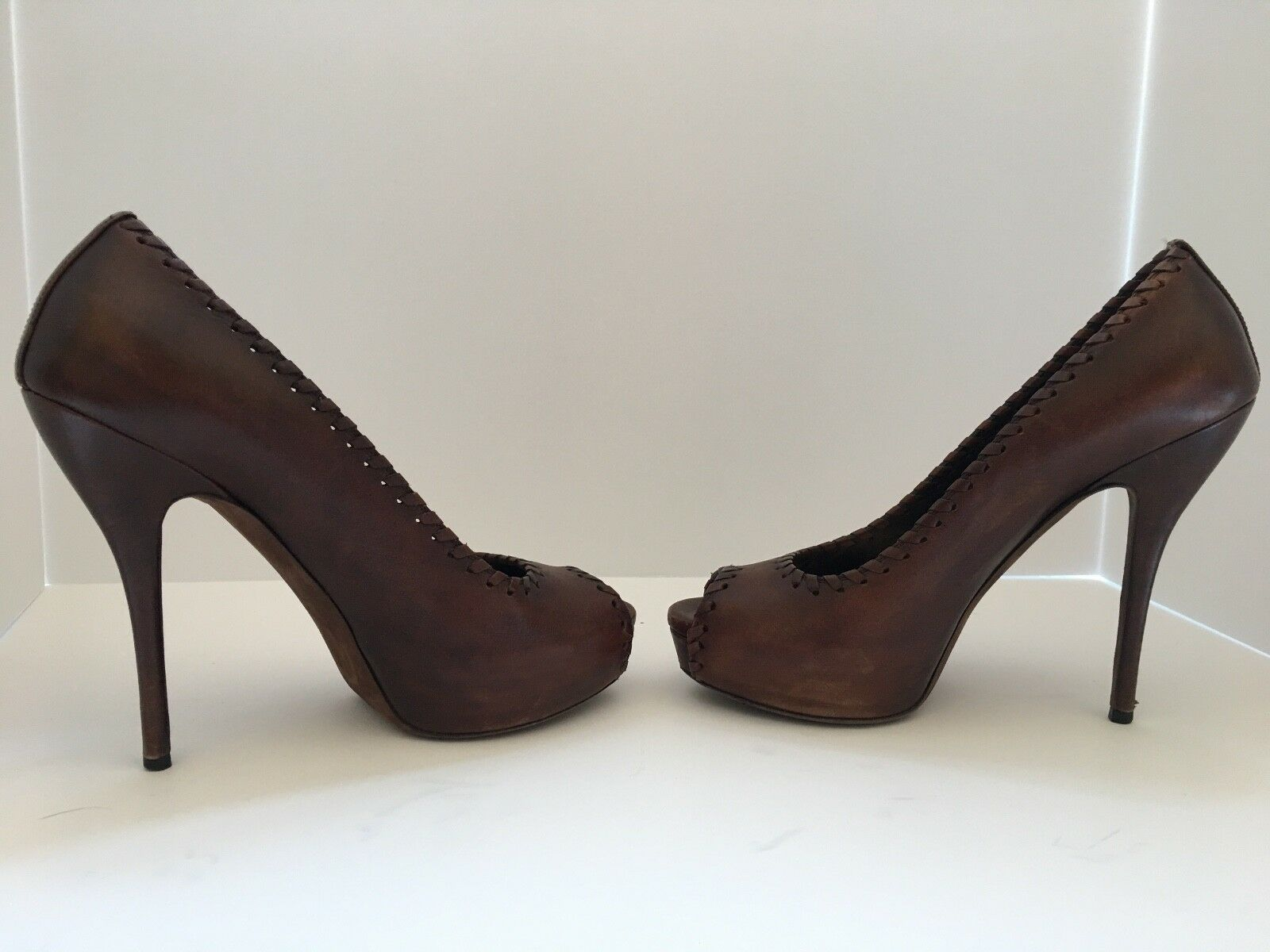 57590f1c203 GUCCI peep toe Saddle PUMPS SZ. 38.5 1 of 11Only 1 available ...