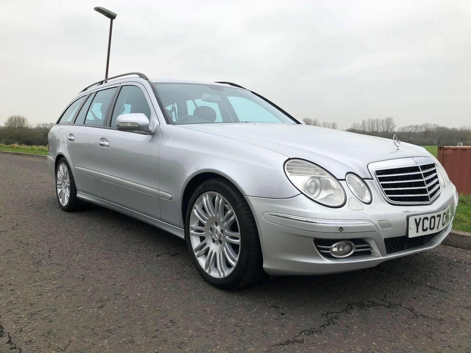 Mercedes benz e class diesel estate 3 0 v6 e320 cdi sport for Mercedes benz v6