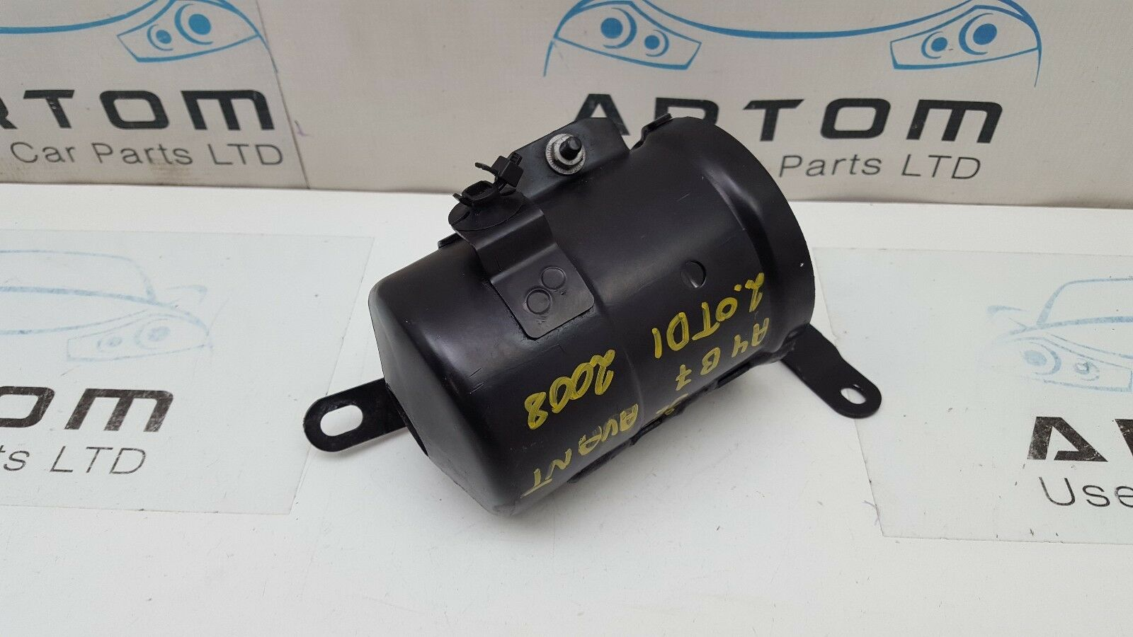 Audi A4 B7 04 08 20 Tdi Diesel Fuel Filter Housing Bracket Mount 8e0201987j 1 Of 4only Available See More