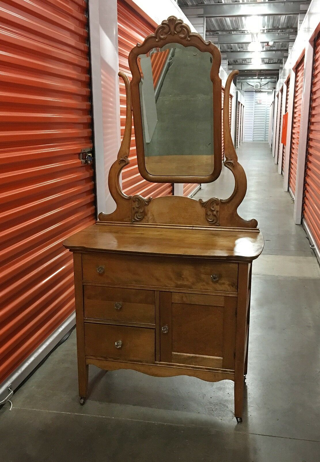 Early 1900 S Antique Oak Vanity Dresser With Mirror 1 Of 7 See More