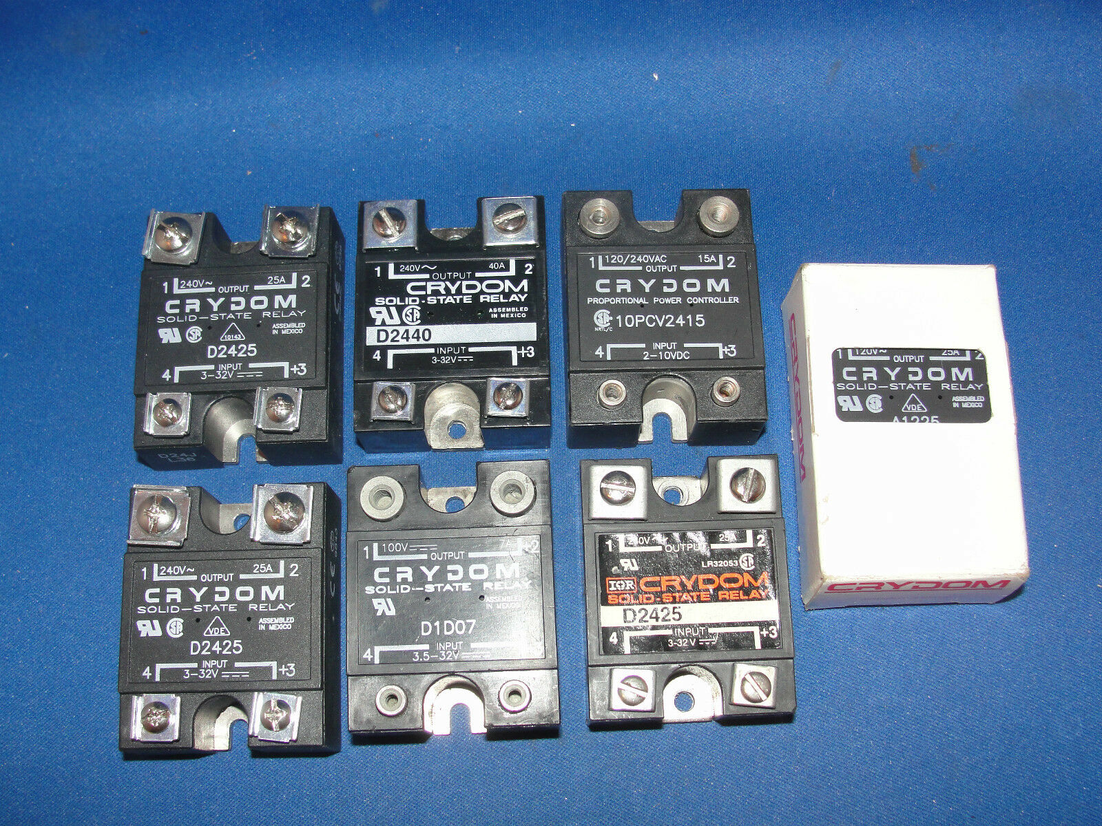 Crydom Solid State Relays 3 D2425 10pcv2415 D1d07 A1225 D2440 Lot Relay 1 Of 1only Available