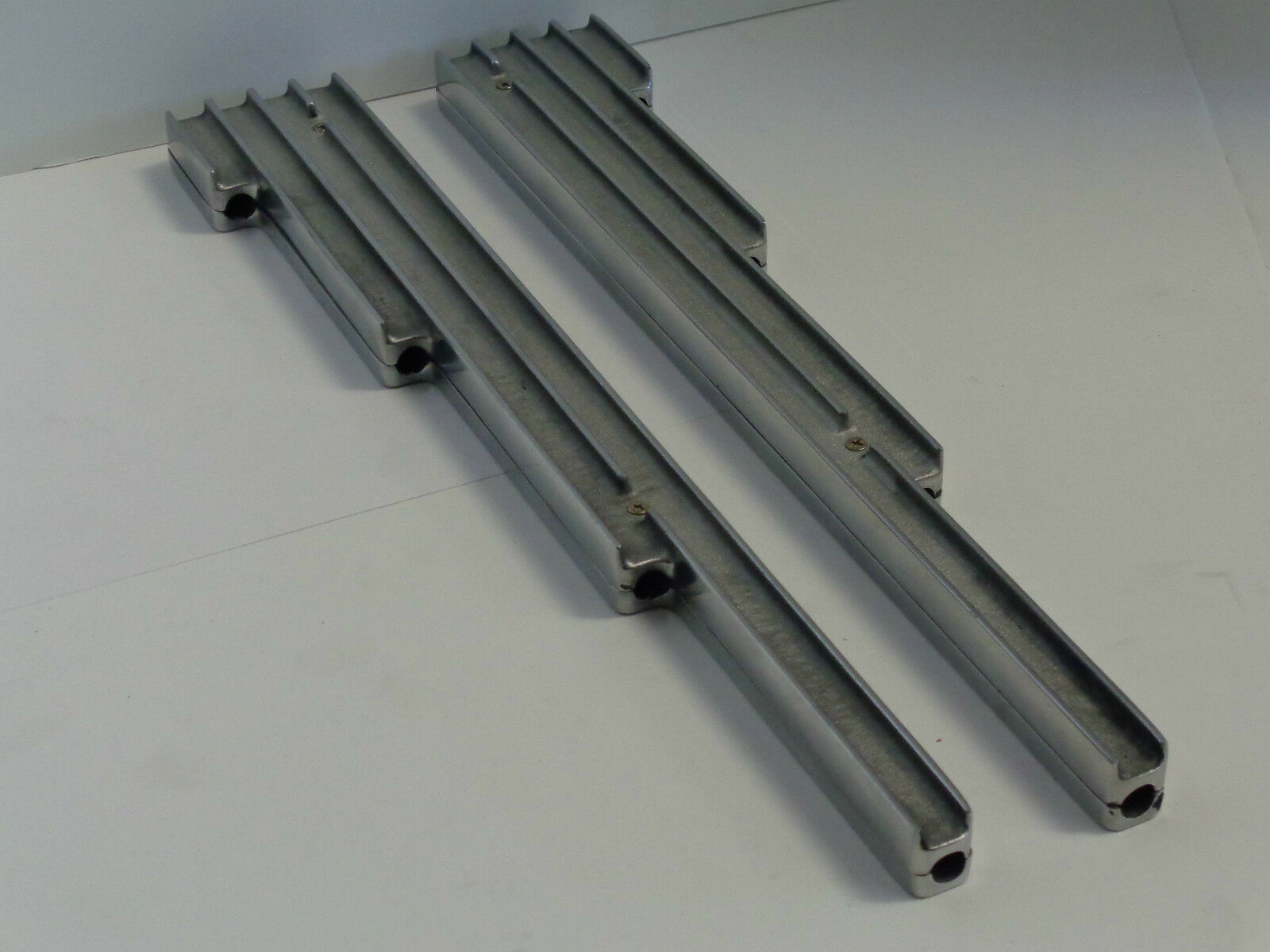 FINNED POLISHED ALUMINUM Spark Plug Wire Looms Holders SBC BBC SBF ...