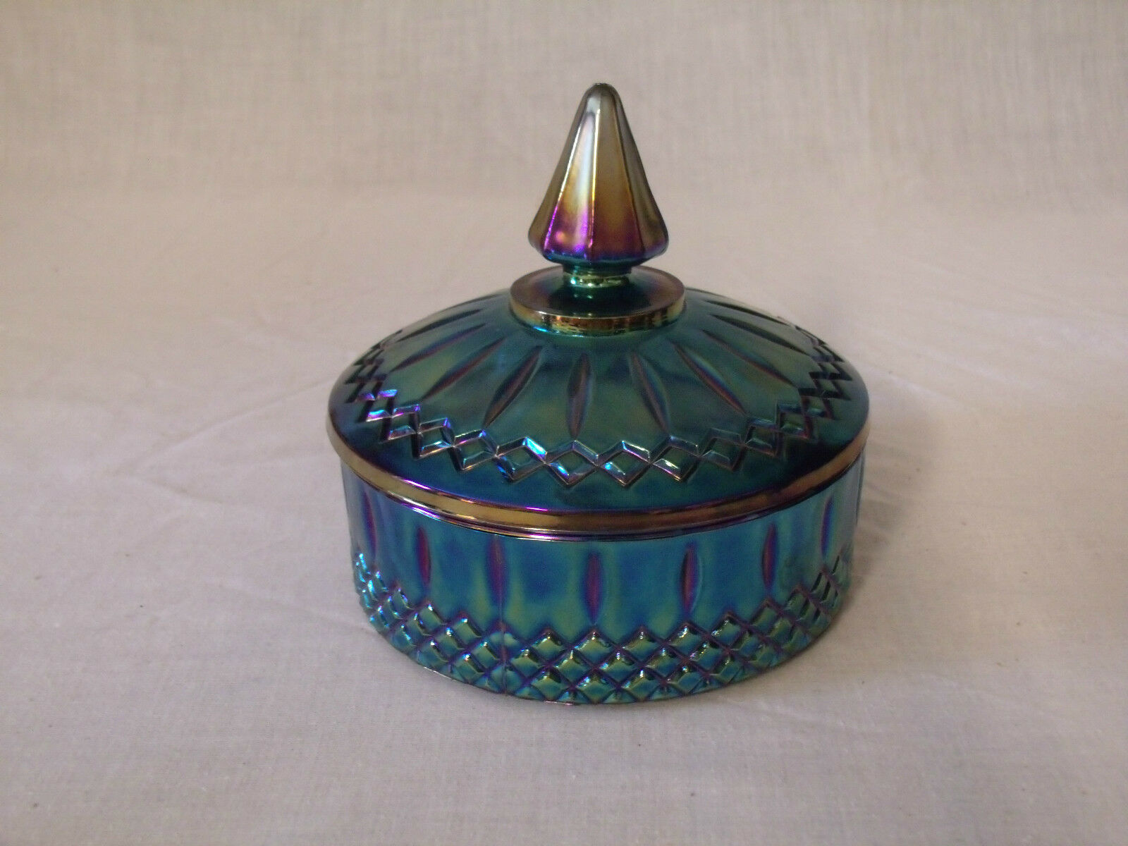 Vintage Covered Dish 47