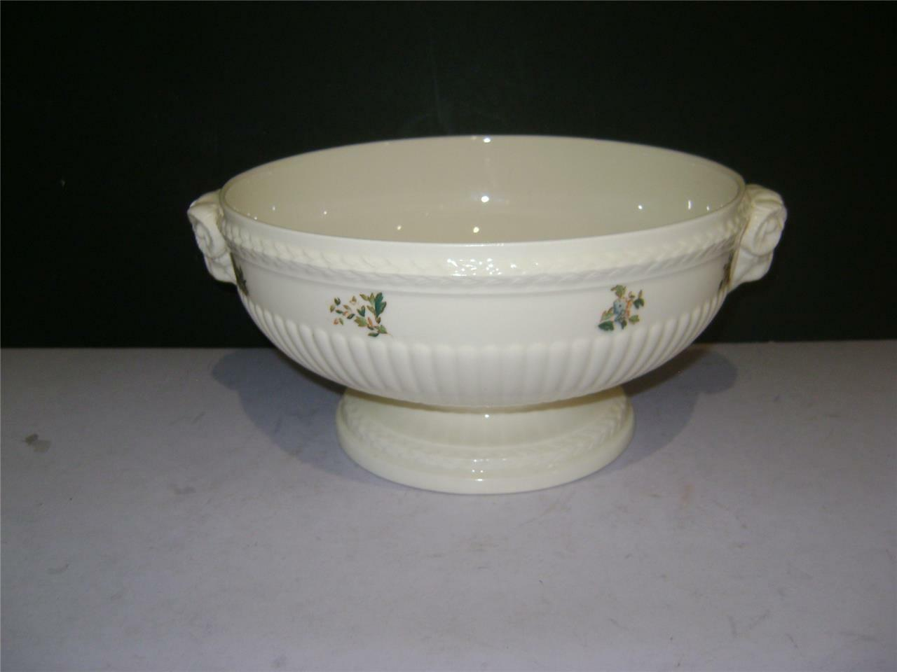 Stunning 10 Fruit Bowl In Conway Design By Wedgwood