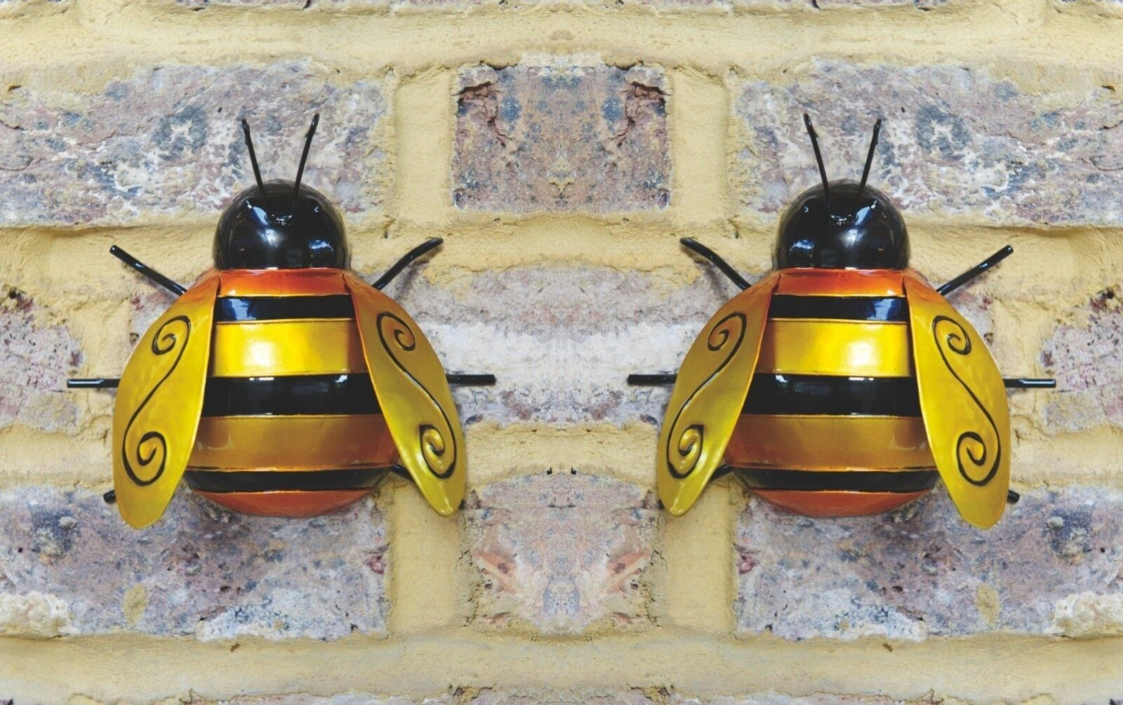 2X LARGE METAL Bumble Bee Summer Garden Decoration Ornament Wall Art ...