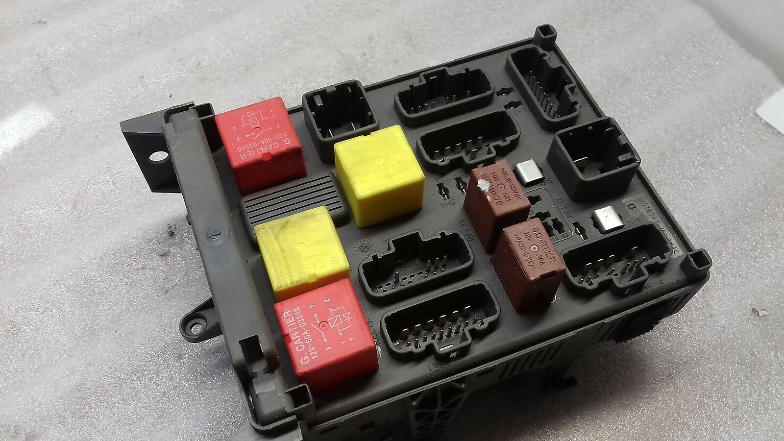 2003 Renault Espace Laguna Fuse Relay Box 518837018 1000 1 Of 6only Available