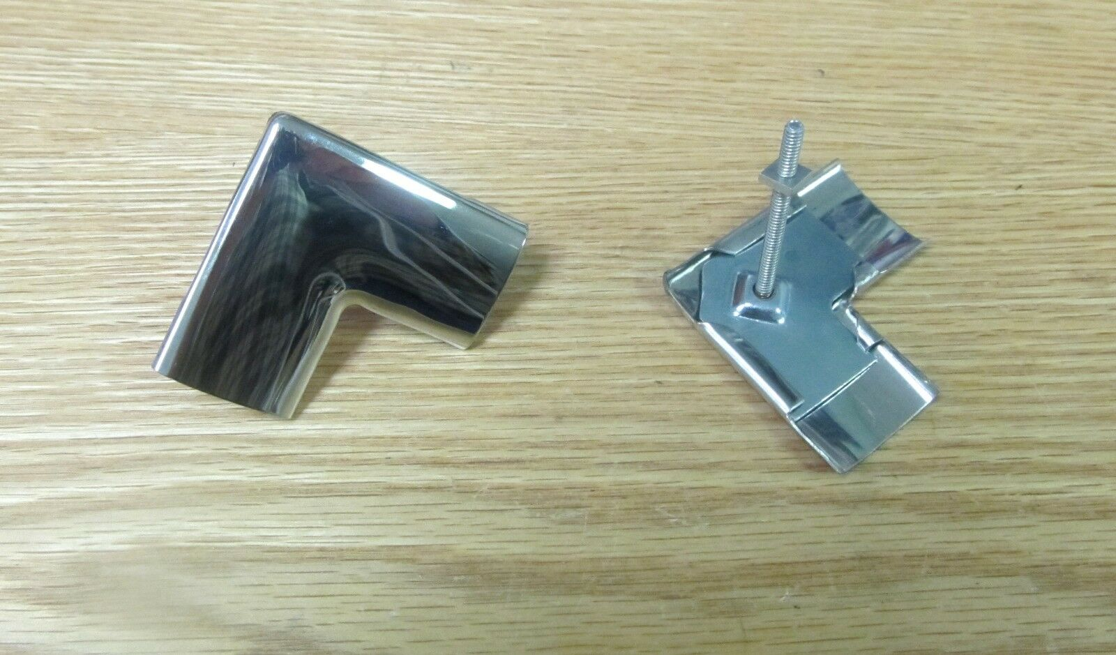 1955 56 57 Chevy Rear Window Upper Corner Moldings With Clip Hardtop 1957 Side Seal 1 Of 2 See More