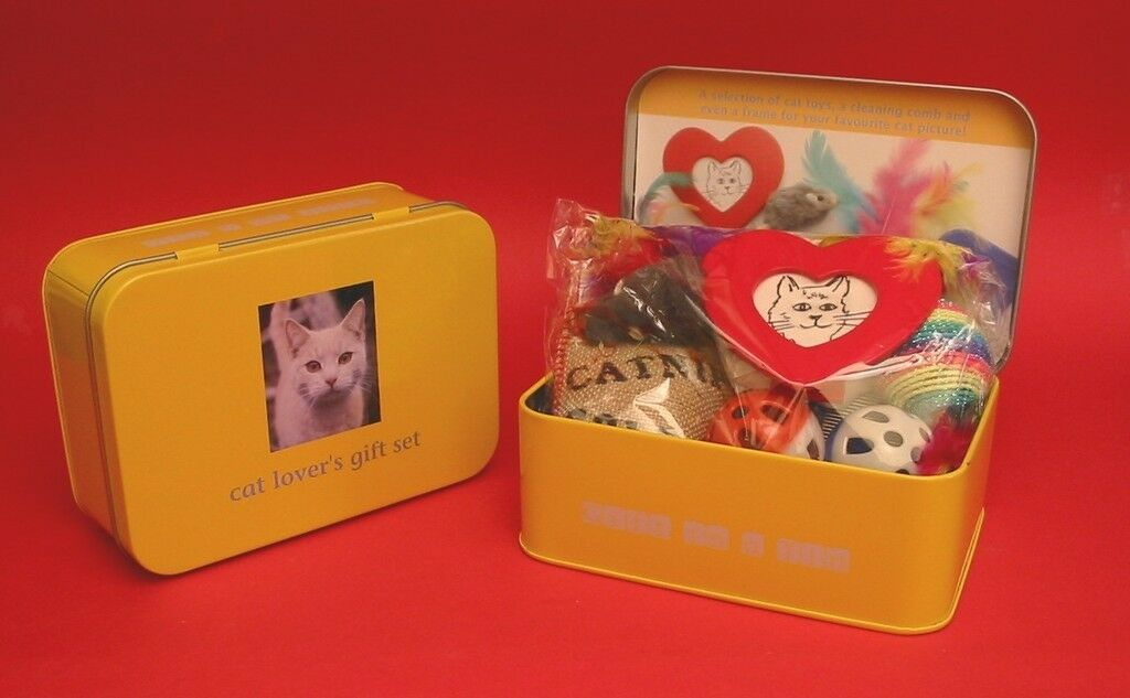Cat Lovers Gift Set 'Gift in a Tin' Vet Cattery Home Mother Dad Christmas Gift
