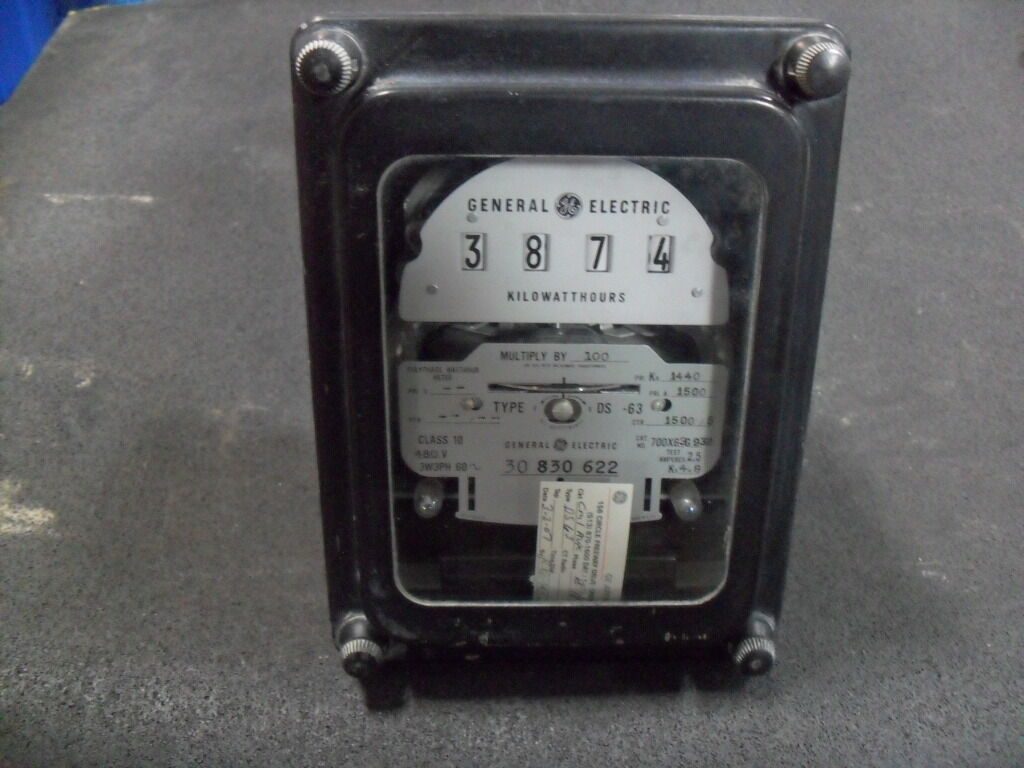 Watthour Meter Tester : Used general electric g polyphase watthour meter