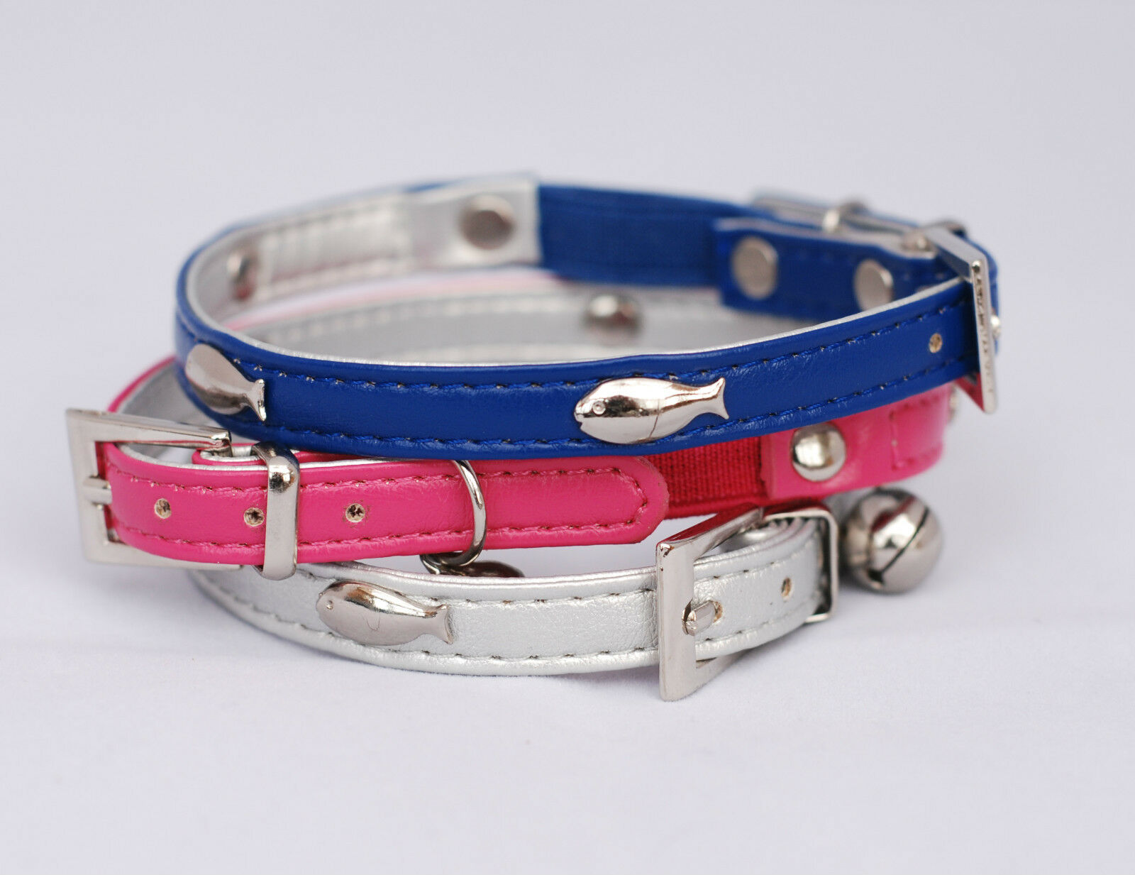 Designer Cat Collar PU Leather with fish - Safety Elastic and Bell