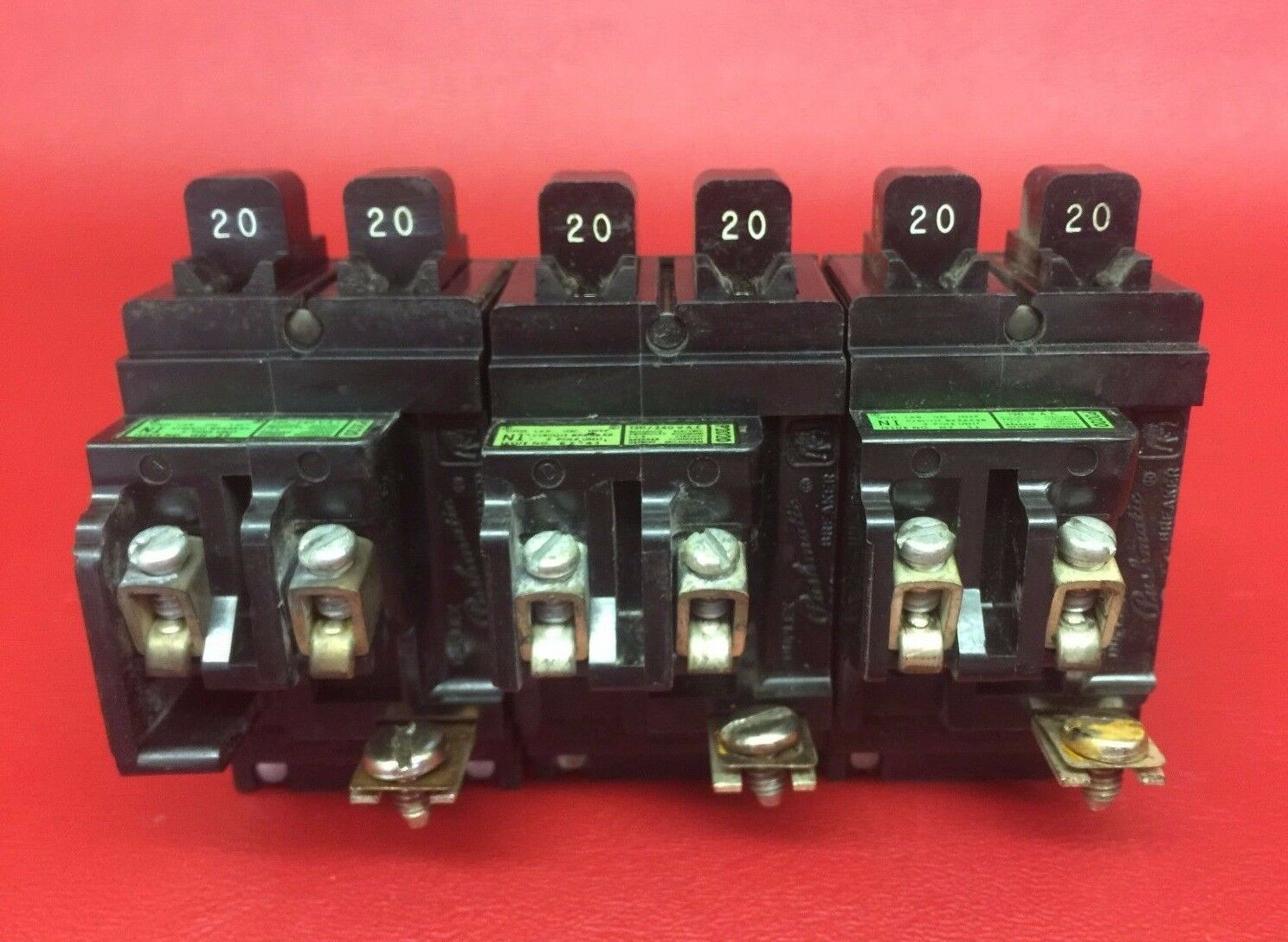 1 Pushmatic Ite P2020 Twin Duplex Breaker Will Fit Anywhere On Bus Home Residential Circuit Zinsco Type R38 No Clt Tab Of 3only 3 Available See More