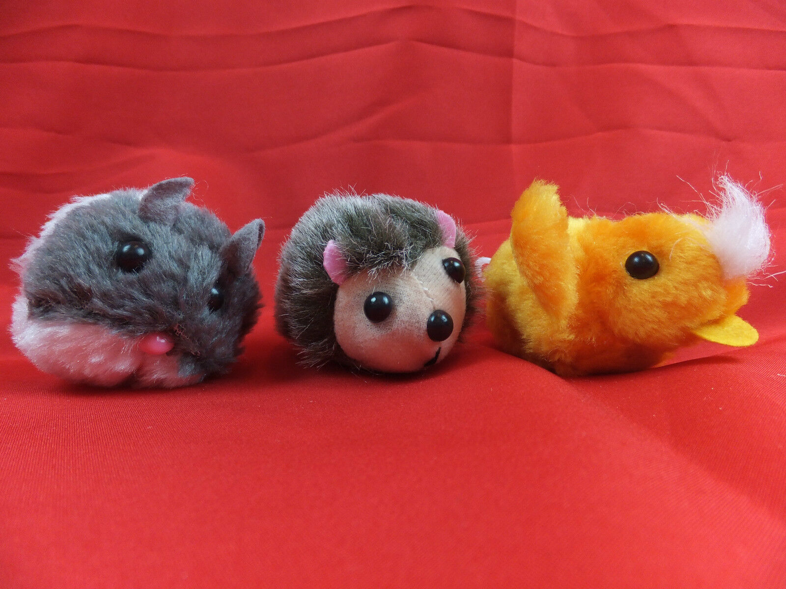 Vibrating Mouse, Hedgehog Or Chick Fun Toy For Cats   Cto 13