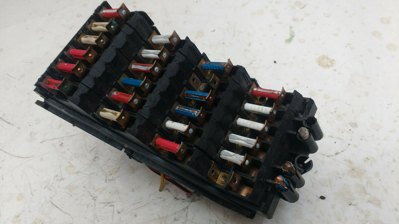 Mercedes W124 Fuse Box 1 of 1Only 2 available ...