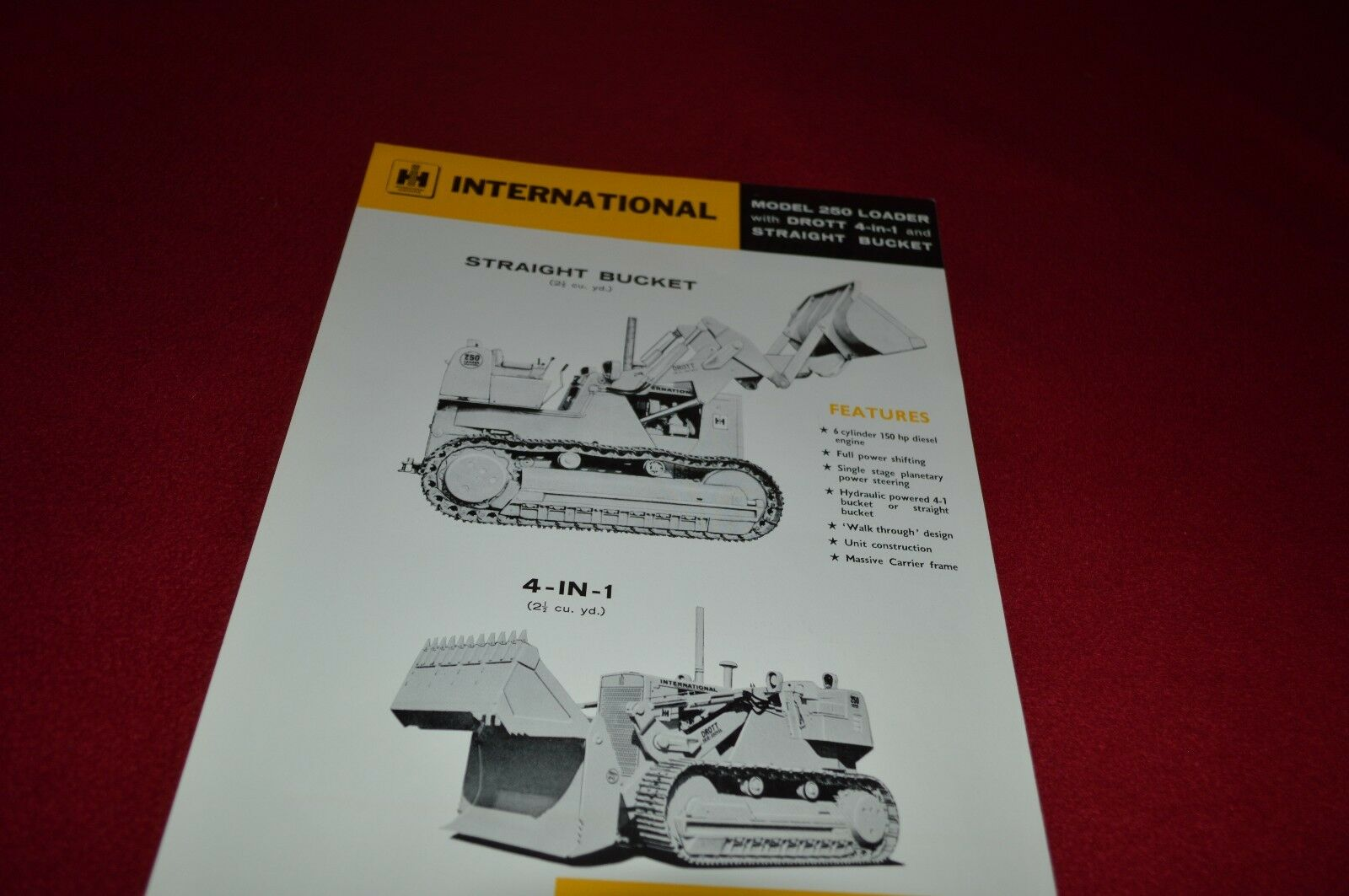 International Harvester 250 Crawler Loader Dealer's Brochure AMIL11 In  German 1 of 1Only 1 available ...