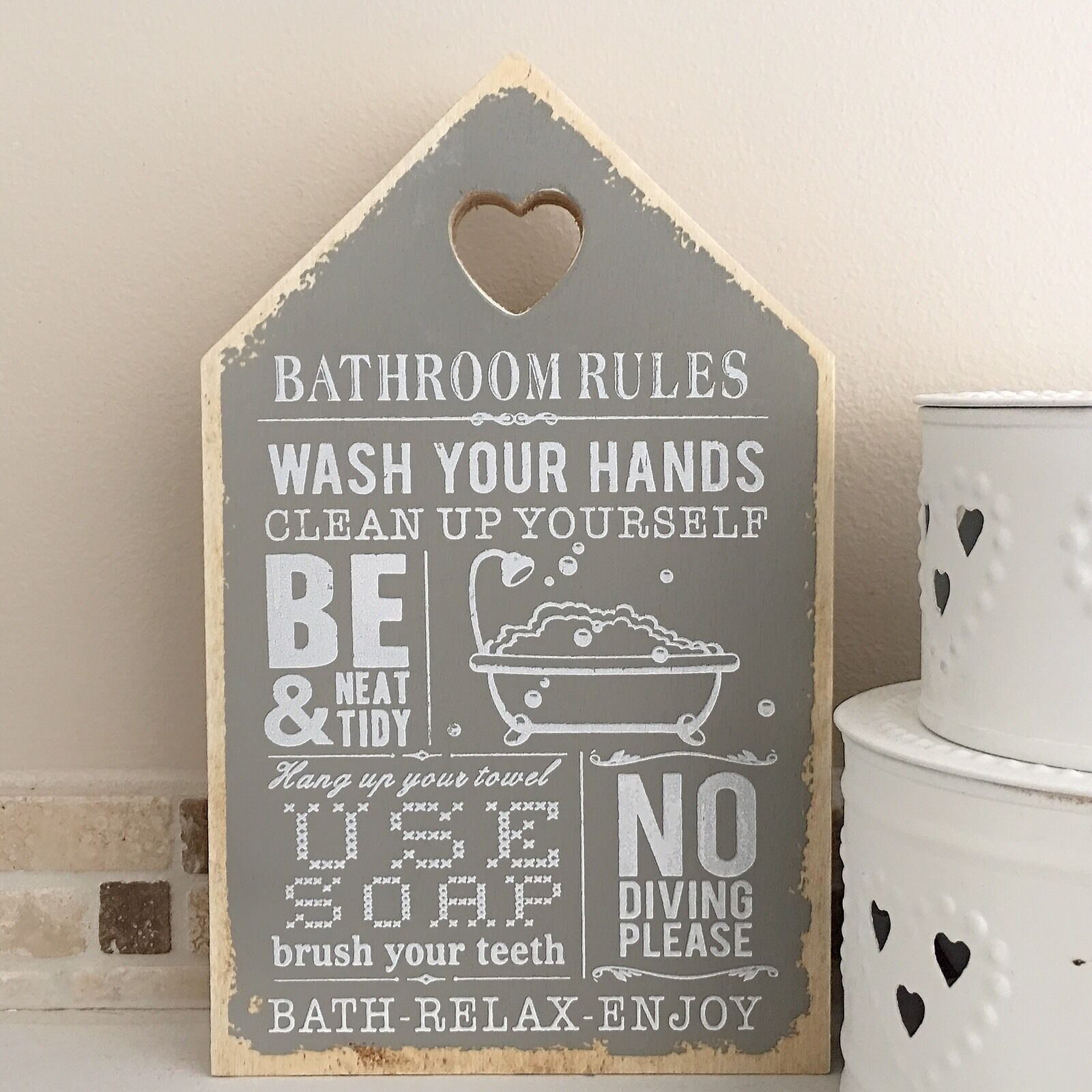 bathroom plaques 28 images toilet bathroom sign plaque home gift shabby chic best 25 small. Black Bedroom Furniture Sets. Home Design Ideas