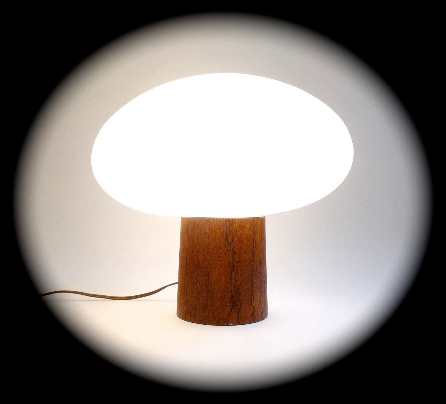 Vintage Laurel Lamp Co Mid Century Mushroom Table Lamp