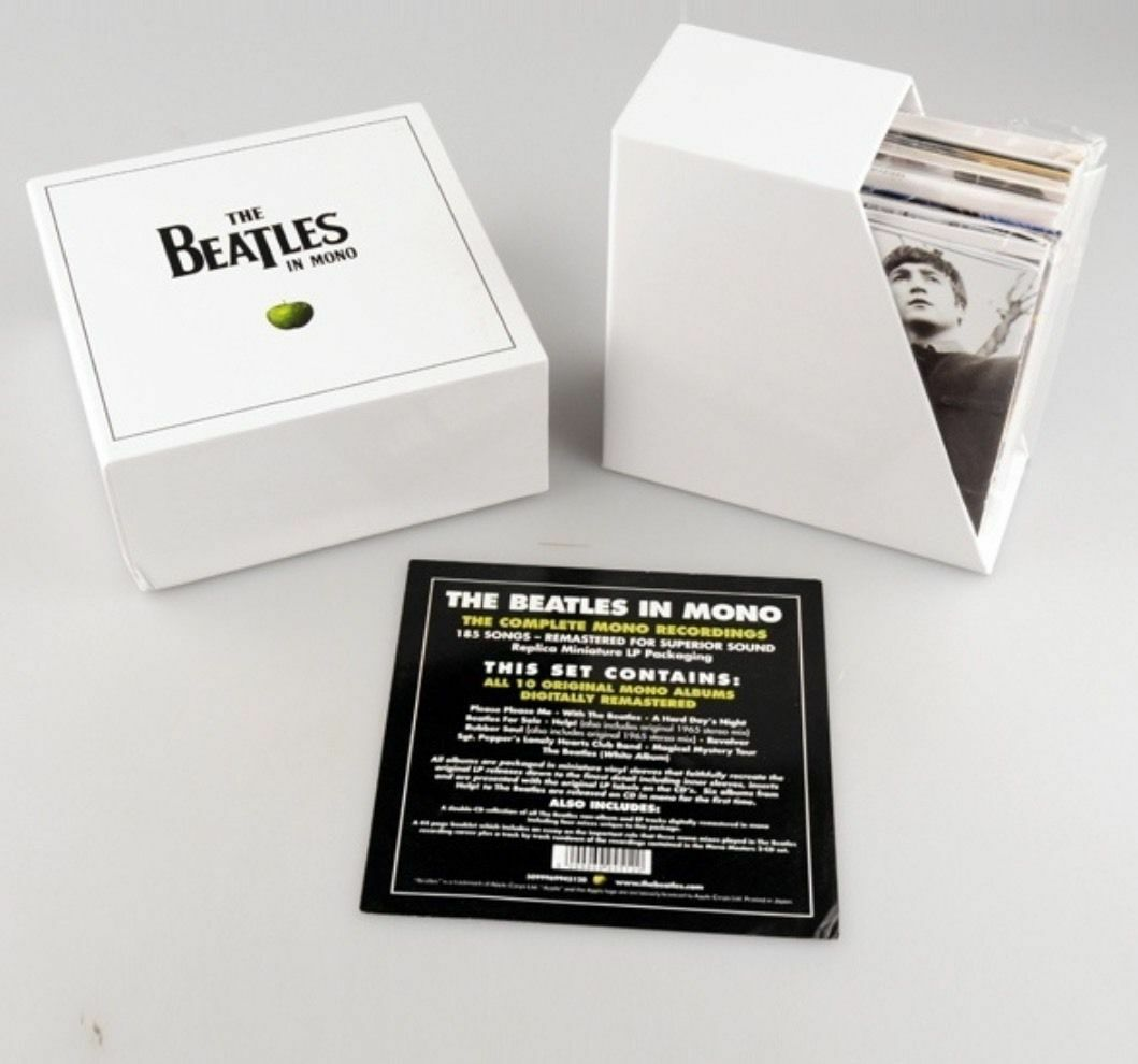 the beatles in mono cd collection box set 13 albums new and sealed picclick uk. Black Bedroom Furniture Sets. Home Design Ideas
