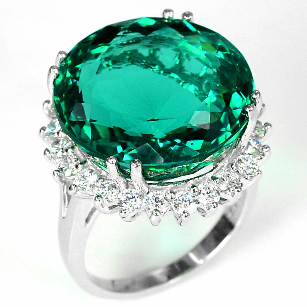 luxurious 925 silver emerald gemstone ring engagement
