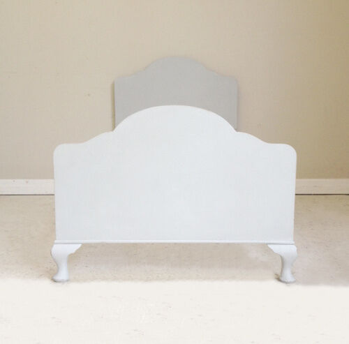 Stylish Vintage Painted Queen Anne Style Single Bed 195