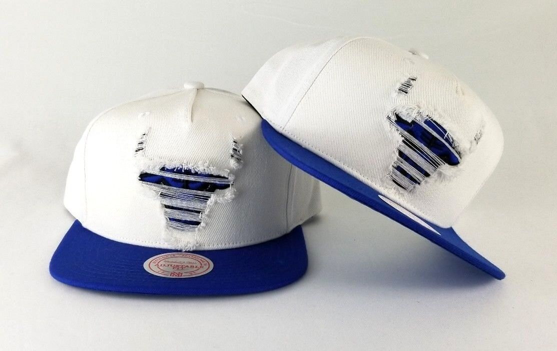 6e6dc339437 New Mitchell   Ness Chicago Bulls White   Royal Blue Destructed Snapback  Hat 1 of 5 ...