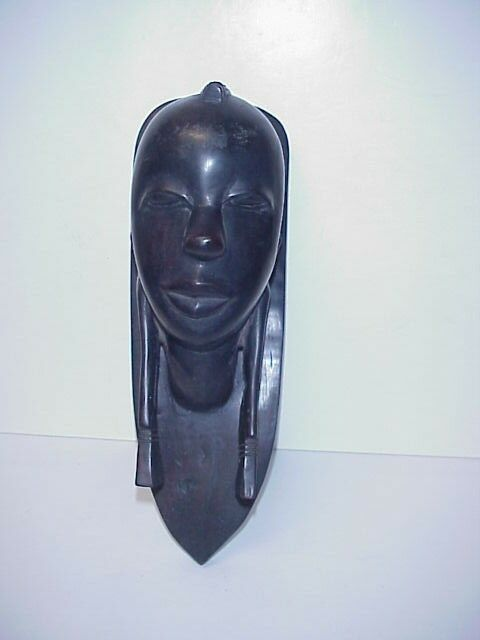 OLD TEAK WOOD AFRICAN CARVED FIGURAL HEAD WALL PLAQUE